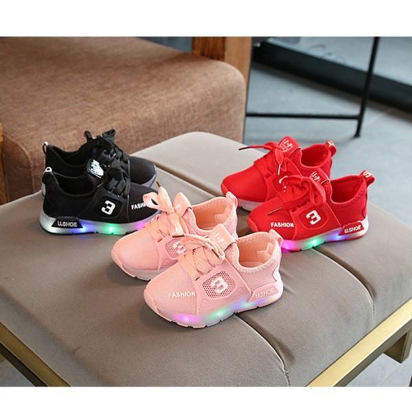 Giày cho bé phong cách thể thao có đèn LED