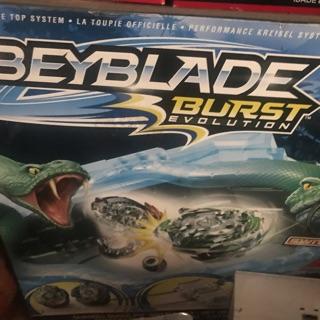 Bộ đồ chơi Beyblade