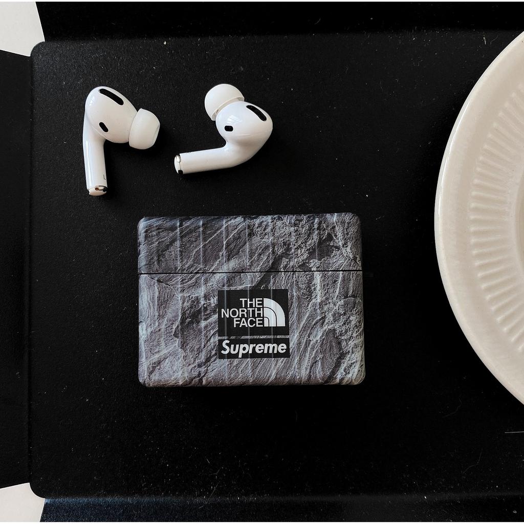 Vỏ bảo vệ hộp sạc tai nghe không dây họa tiết North Face cho Airpods