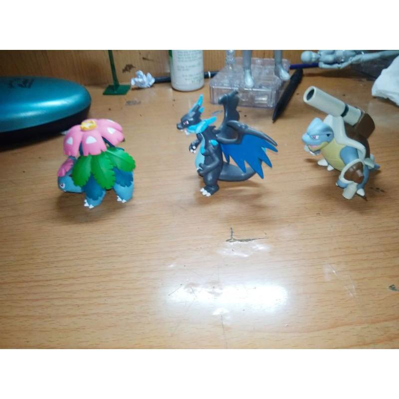 Mô hình 3 pokemon mega charizard venusaur blastoise