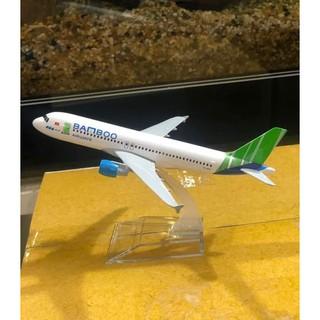 Mô hình máy bay Bamboo airways 16cm và 20cm có bánh xe thumbnail