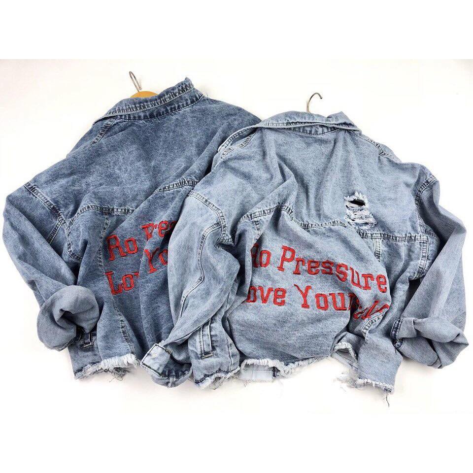 Áo khoác jean thêu chữ cực chất