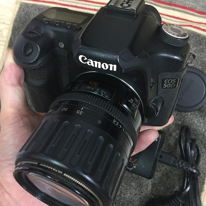 Máy ảnh canon 50D kèm lens 35-135