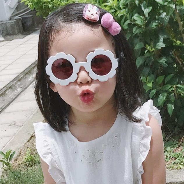 SALE!!! KÍNH mắt bông hoa thời trang cho bé gái
