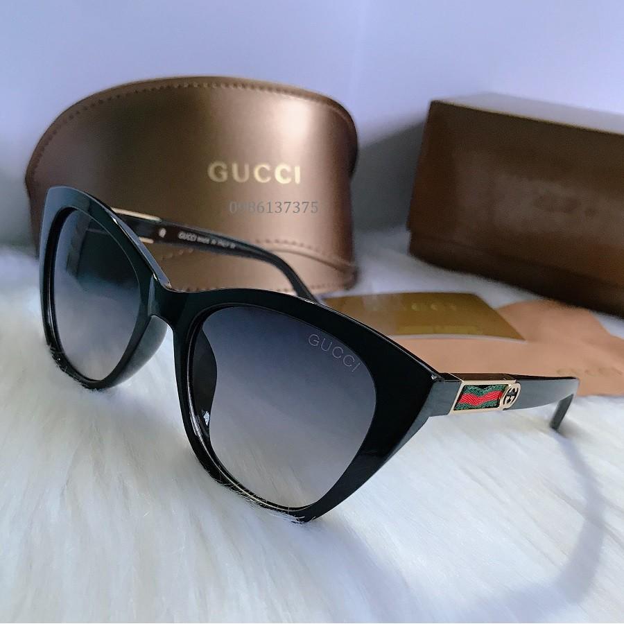 Kính Gucci Đen Vuông Cho Nữ GC01