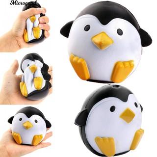 Đồ chơi hình chim cánh cụt bóp để giảm căng thẳng