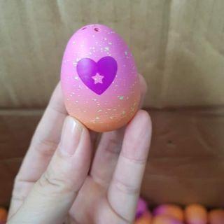 Trứng Hatchimal