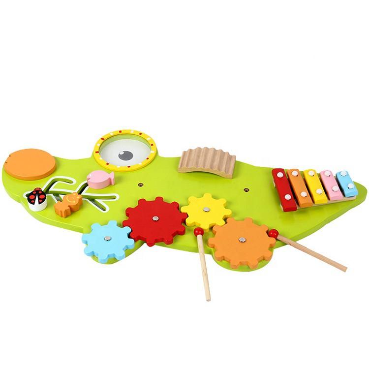 Bảng gỗ treo tường Busy Montessori - Mẫu cá sấu xanh khổng lồ