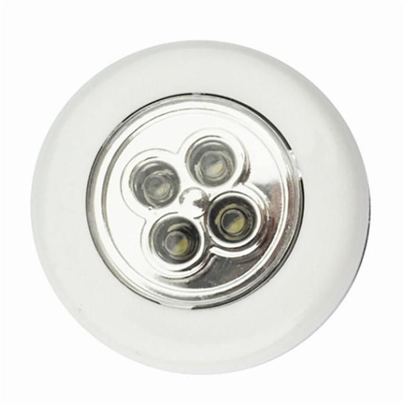 Đèn 4 LED chiếu sáng ban đêm cho xe hơi