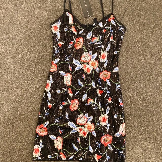 1673380253 - Váy đầm kim sa