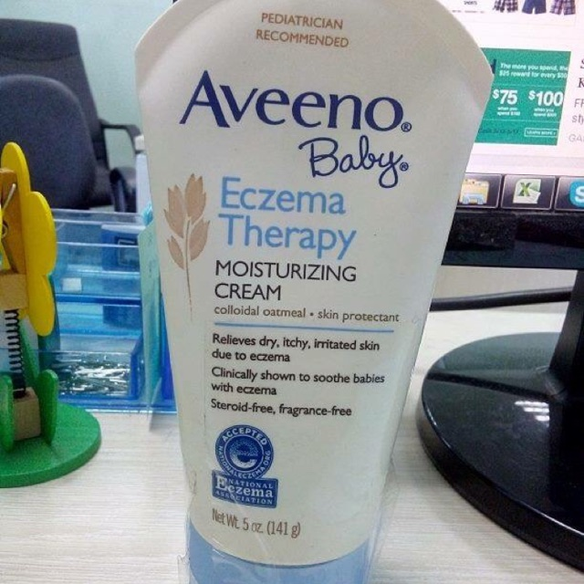 Kem bôi đặc trị chàm cho trẻ Aveeno Baby Eczema Therapy Moisturizing Cream - 3250690 , 742815778 , 322_742815778 , 300000 , Kem-boi-dac-tri-cham-cho-tre-Aveeno-Baby-Eczema-Therapy-Moisturizing-Cream-322_742815778 , shopee.vn , Kem bôi đặc trị chàm cho trẻ Aveeno Baby Eczema Therapy Moisturizing Cream