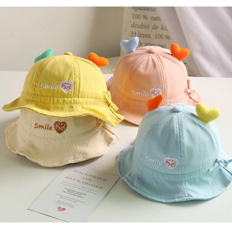 Mũ cho bé gái bé trai mũ nón vành tròn họa tiết trái tim có dây rút điều chỉnh phụ kiện mũ nón cho bé từ 0-2 tuổi MU017