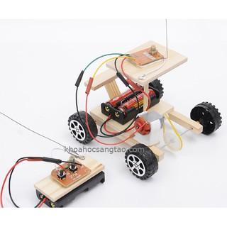 Đồ chơi xe điều khiển gỗ