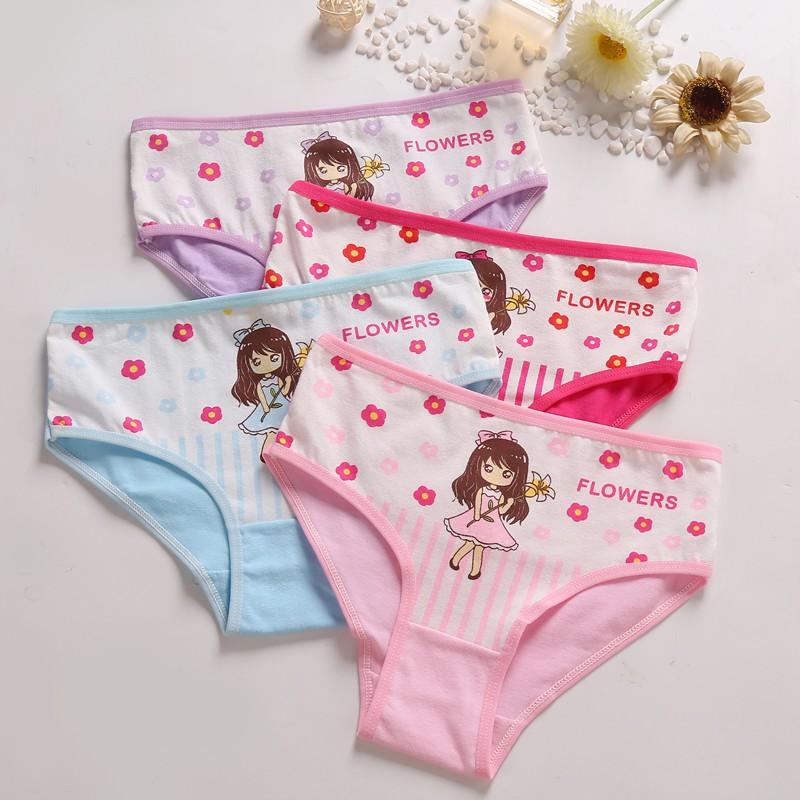 4 Quần lót cotton thoáng mát dễ thương cho bé