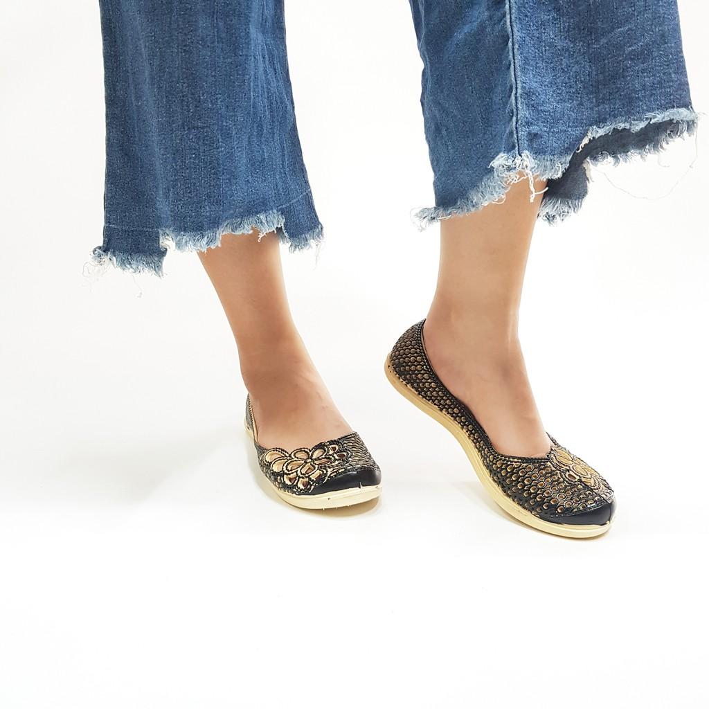 3L03 Giày bệt lỗ in hoa hot trend hè 2020 form nhỏ mua tăng 1 size