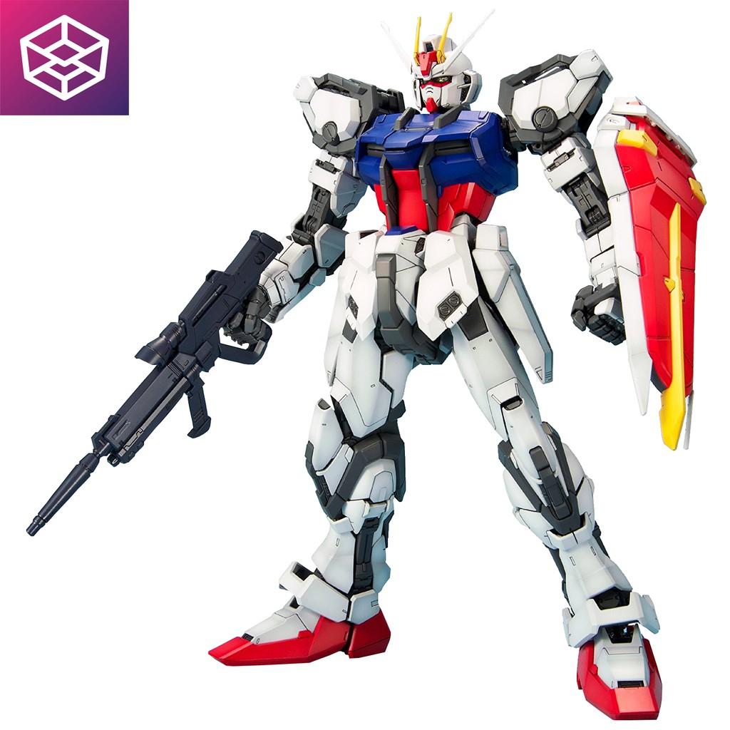Mô Hình Lắp Ráp Bandai PG GAT-X105 Strike Gundam