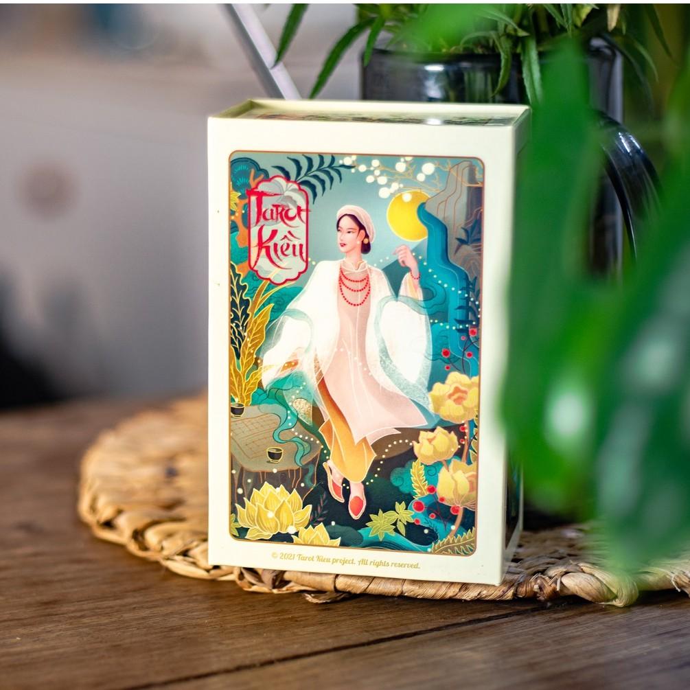 Bộ bài Tarot Kiều phiên bản 78 lá phổ thông, có cẩm nang hướng dẫn sử dụng chi tiết tiếng Việt kèm bao bảo vệ thẻ