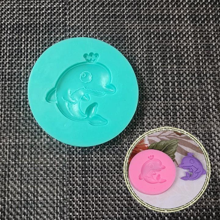 HCM -Khuôn silicon làm socola, fondant trang trí hình cá heo đội vương miện