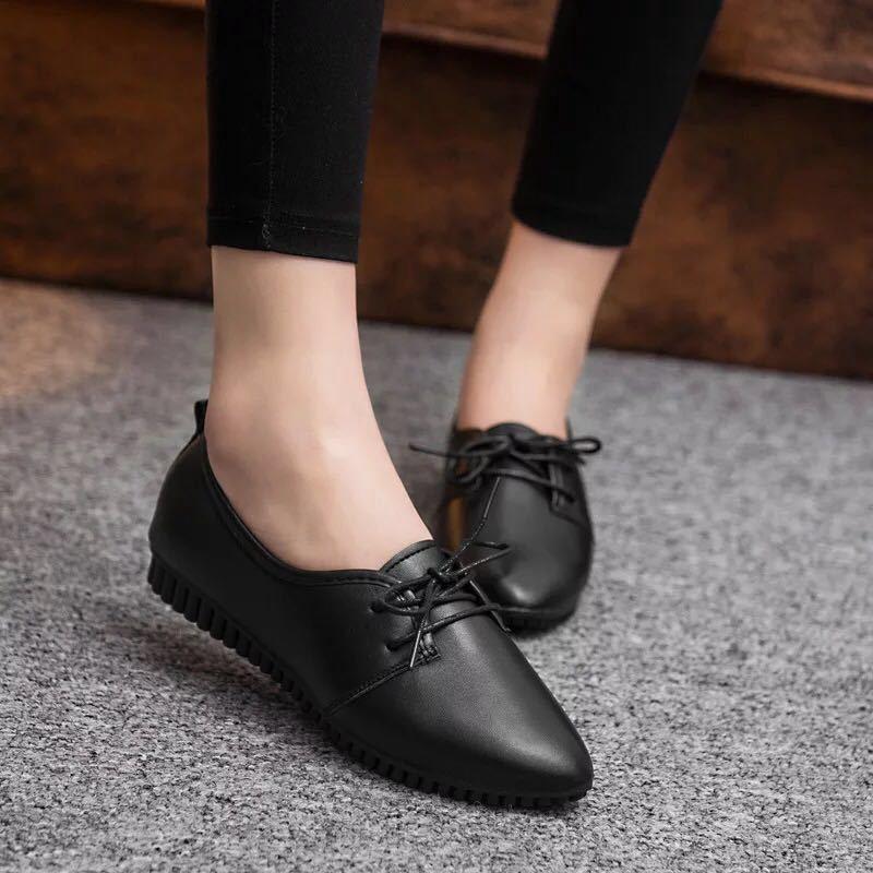 Giày lười trắng thoải mái cho nữ