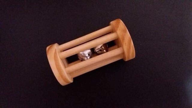 Đồ chơi phát triển thính giác bằng gỗ thô