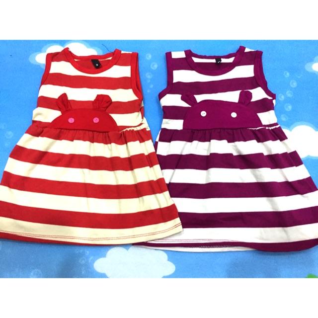 Váy gấu 2 màu đỏ tím. Size 9-10kg