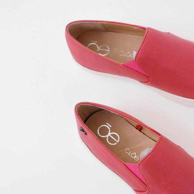 Giày slip on màu hồng