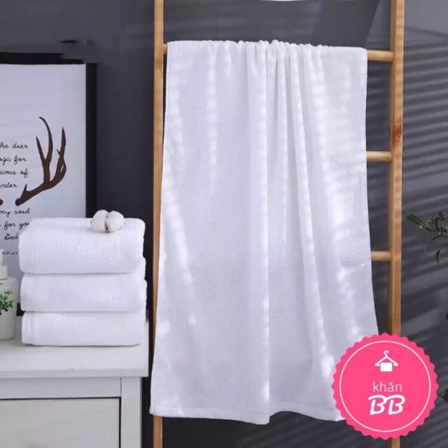 Khăn tắm khách sạn 70x140cm (trơn, không logo, chữ) - Phong Phú