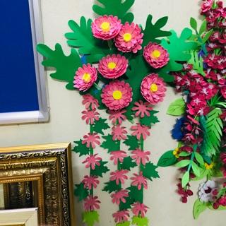 Giỏ hoa treo tường mầm non