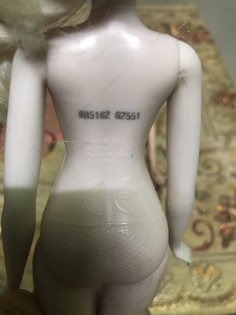 Barbie,elsa chính hãng thanh lí ,hàng lỗi nhẹ