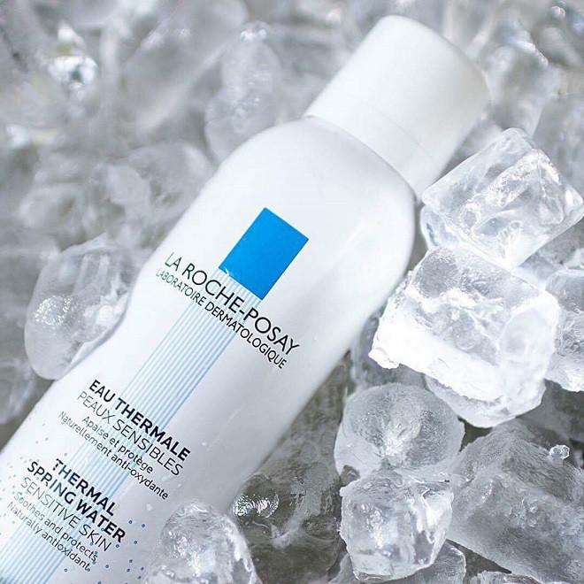 Nước xịt khoáng làm sạch và làm dịu La Roche Posay cho da nhạy cảm La Roche-Posay Thermal Spring Water 50ml