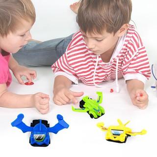 Mô hình xe tự lắp ráp bằng nhựa cho bé