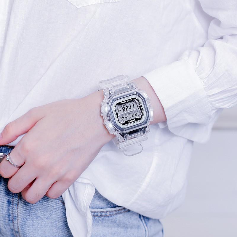 นาฬิกาข้อมือ smart watch กันน้ําได้