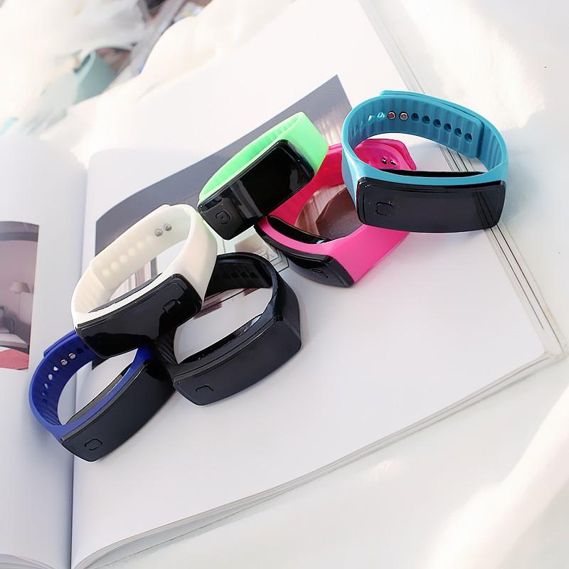 Đồng hồ thời trang nam nữ LED cực đẹp, phong cách Hàn Quốc, cá tính