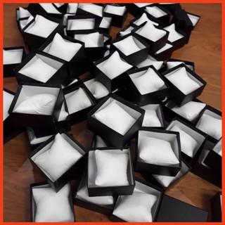 Hộp đựng đồng hồ giá rẻ màu đen - hàng chính hãng