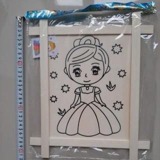 Tranh gỗ tô màu công chúa