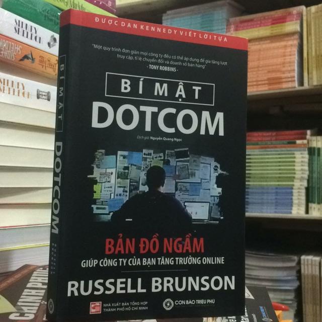 Bí mật DOTCOM . Bản đồ ngầm giúp công ty của bạn tăng trưởng ONLINE (giá bìa168.000)