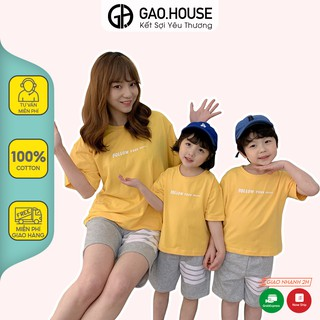 Áo gia đình Gạo House Cotton 4 chiều màu vàng chữ follow đi biển, du lịch, dã ngoại thumbnail