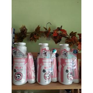 Sữa tắm con bò Gluta Milky Thái Lan 800ml tặng sữa rửa mặt thumbnail