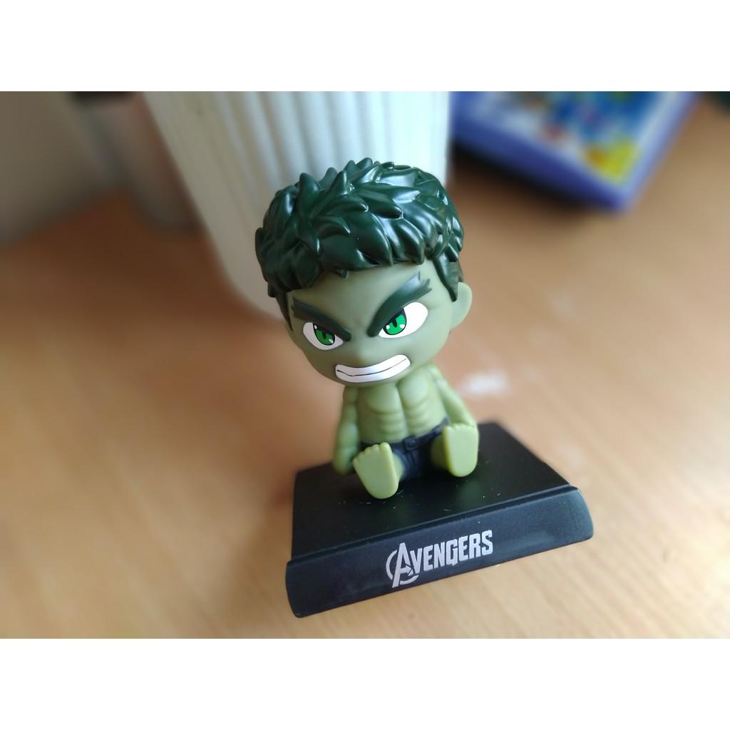 Hulk lắc đầu