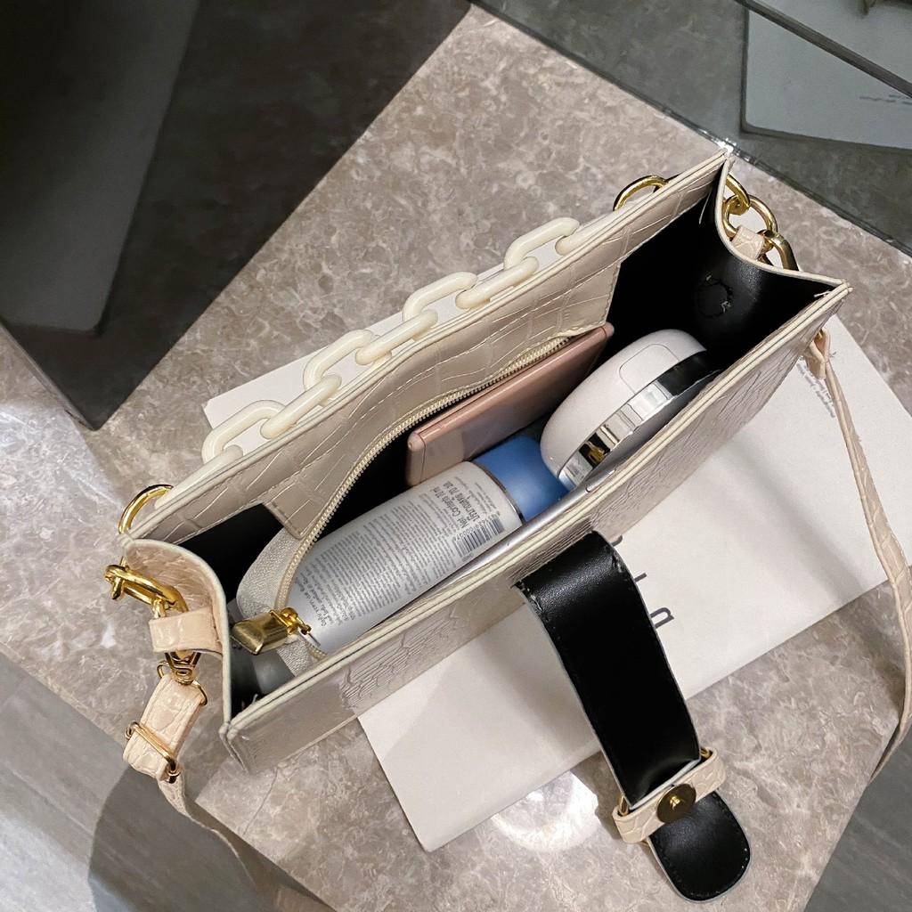Túi xách nữ đeo chéo thời trang, Túi đeo chéo nữ đi chơi da mềm phối xích CHIP XINH TX25