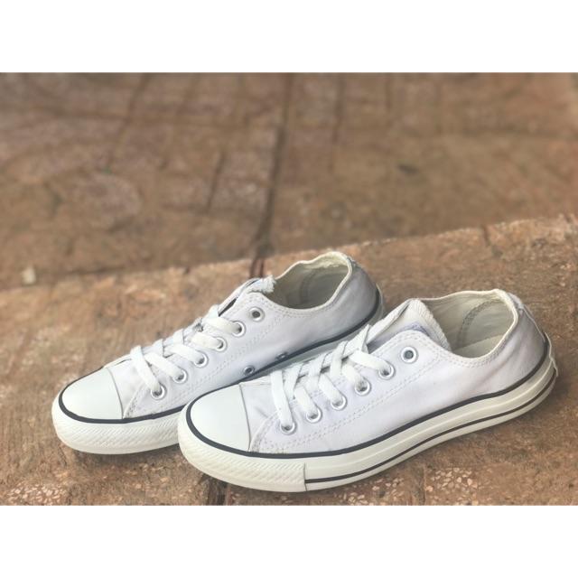 Converse low size5 chân 24cm.