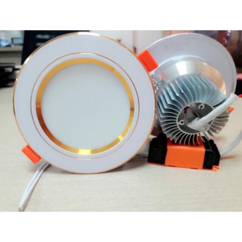Đèn âm LED trần, Đèn âm trần đế đúc 7w, 3 chế độ sáng , đèn downlight phi 90 viền vàng/bạc