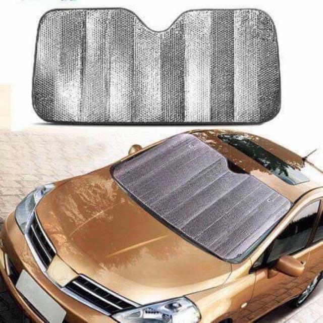 Tấm bạc chắn kính ô tô