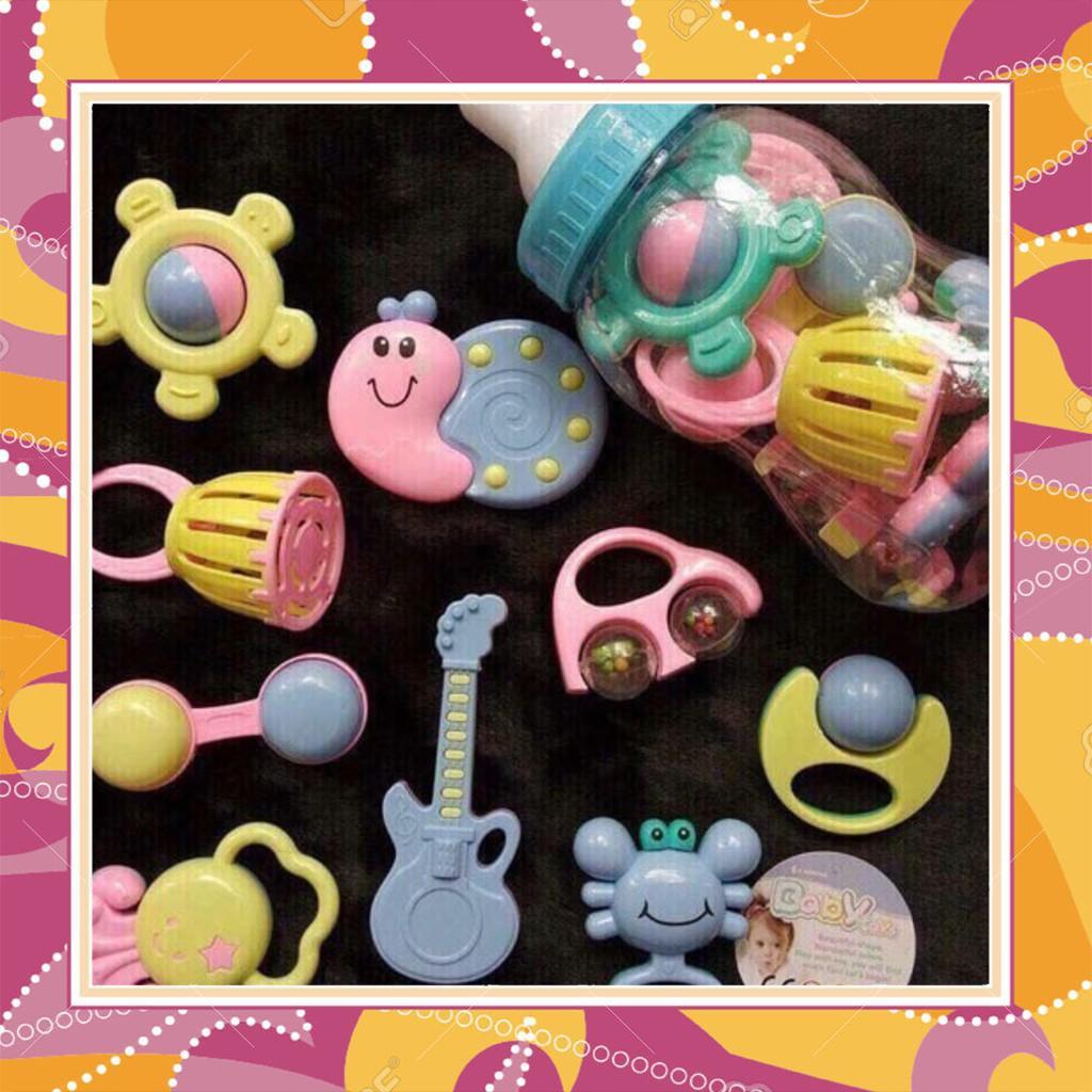[GIÁ RẺ] Bộ xúc xắc bình sữa 9 món Baby Toys cho bé (Loại tốt) - 13899020 , 2072510831 , 322_2072510831 , 104687 , GIA-RE-Bo-xuc-xac-binh-sua-9-mon-Baby-Toys-cho-be-Loai-tot-322_2072510831 , shopee.vn , [GIÁ RẺ] Bộ xúc xắc bình sữa 9 món Baby Toys cho bé (Loại tốt)