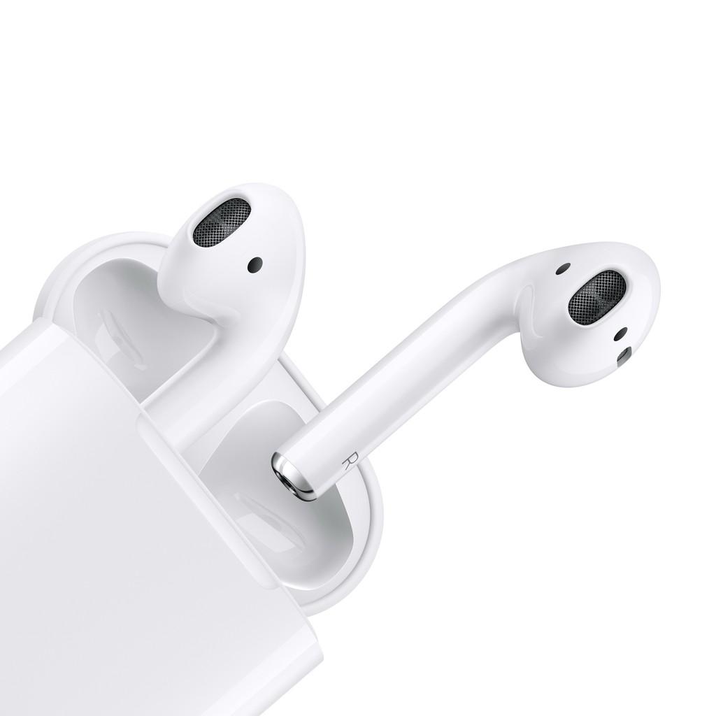 [Mã ELMALL1TR giảm 5% đơn 3TR] Apple AirPods with Charging Case 2nd gen