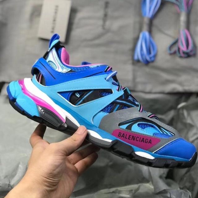 track balenciaga blue