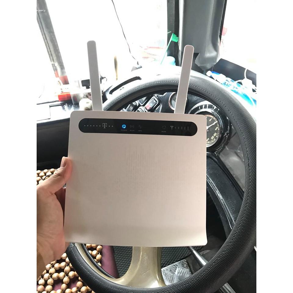 Modem wifi 4G/LTE tốc độ cao Huawei B593, 32 user, 4 cổng LAN, đã bao gồm 2 ăngten (dùng cho xe khách, tàu du lịch...)