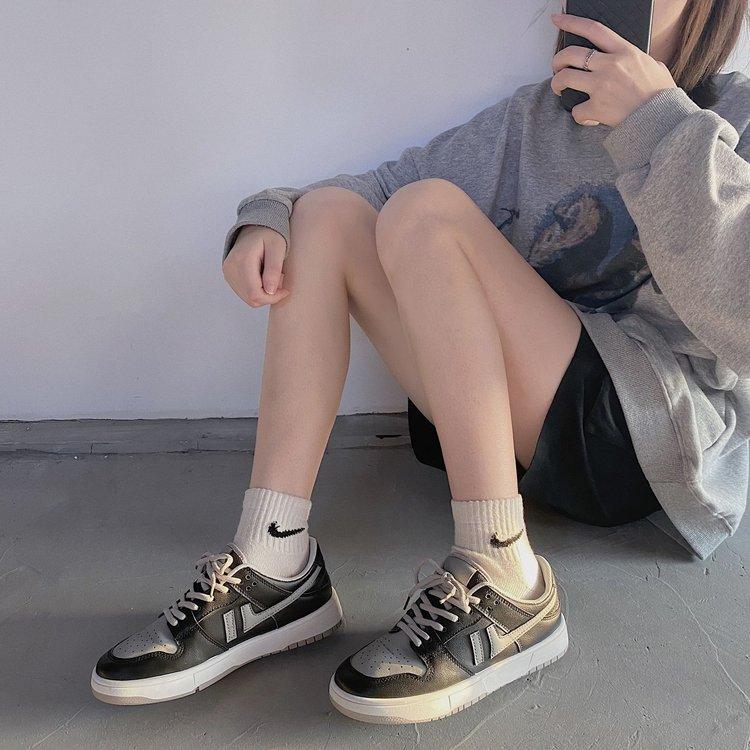 Giày thể thao nữ cột dây mũi tròn đế phẳng chống trượt đơn giản thoải mái đa dạng gót Trung hoa phong cách Hàn Quốc