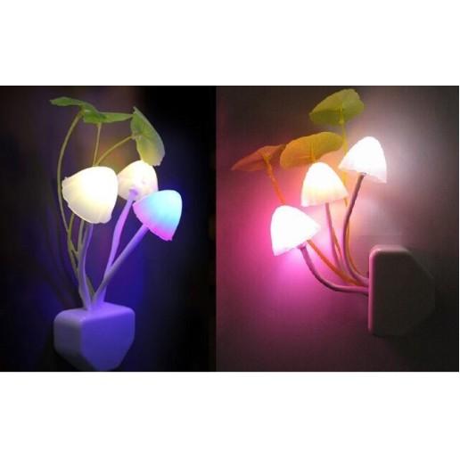 Đèn Ngủ MiniFREE SHIPĐèn Ngủ Cảm Ứng Hình Nấm Avatar Lung Linh Sắc Màu