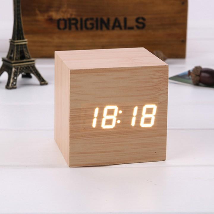 Đồng hồ led để bàn khối gỗ vuông (cube)
